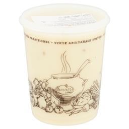 Crème d'asperges avec morceaux d'asperges - soupe fr...