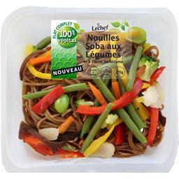 Nouilles Soba aux légumes et à l'huile de sésame