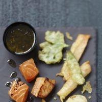 Saumon écossais mariné juste saisi, tempura de légumes