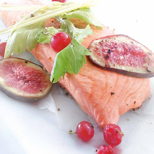 Papillote de saumon aux fruits rouges
