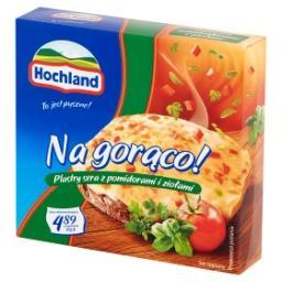 Na gorąco! Plastry sera z pomidorami i ziołami