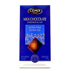 Tablete de chocolate leite