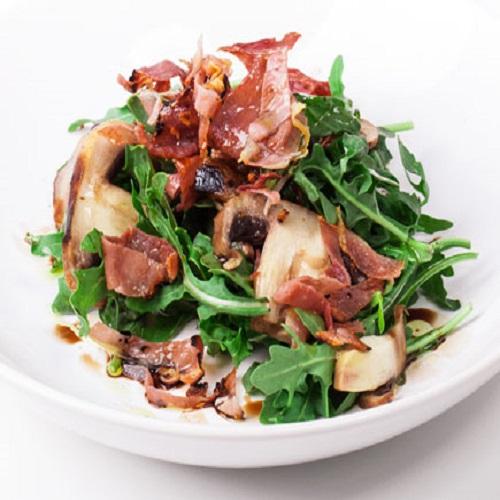 Salada de Cogumelos Grelhados com Presunto